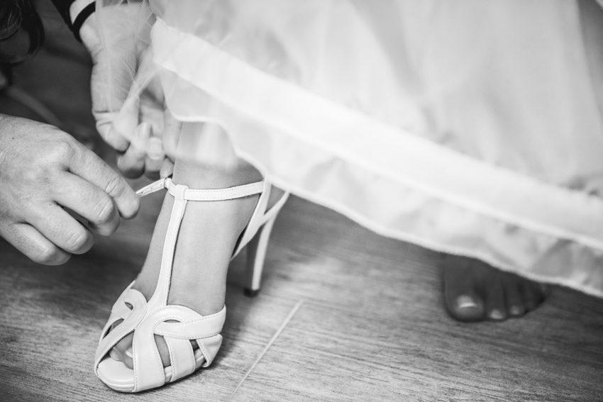 Fotografia de bodas, Detalles de bodas, fotógrafos de bodas, bodas Córdoba, Zapatos de novia