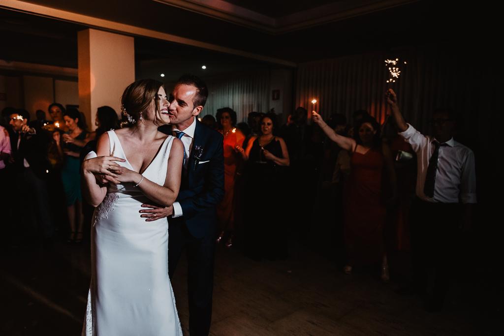fotografía de boda, fotógrafos de bodas córdoba, bodas Córdoba, novias, Hotel NH Córdoba Guadalquivir, Hesperia Córdoba, Baile