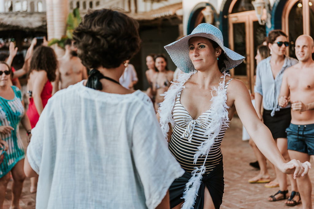 fotografia de boda, boda en Puerto Niza, Málaga, fotógrafos de boda Málaga, Fotografo de bodas Córdoba, Boda mujeres, Boda chicas, Puerto Niza, boda en la playa
