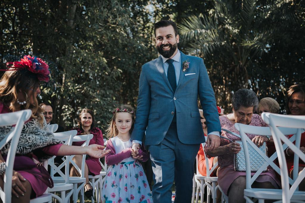 Carpe fotografía, ceremonia civil, Parador de la Arruzafa, Parador de Córdoba, Bodas en Córdoba, Fotógrafos de Córdoba, fotografía de boda, Bodas en el parador de la arruzafa, entrada novio, Boda civil córdoba