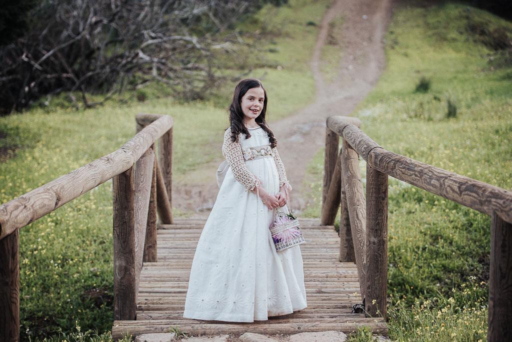 comunión niña puente