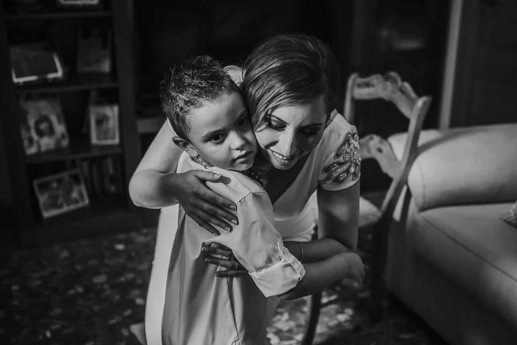 novia con niño